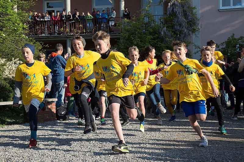 Waldorf 100 Staffellauf Waldorf NRW